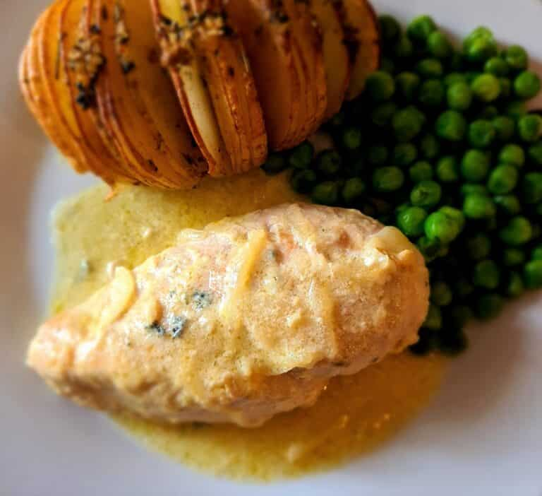 Chicken with Stilton sauce