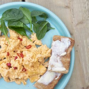 hot sauce scrambled eggs recipe