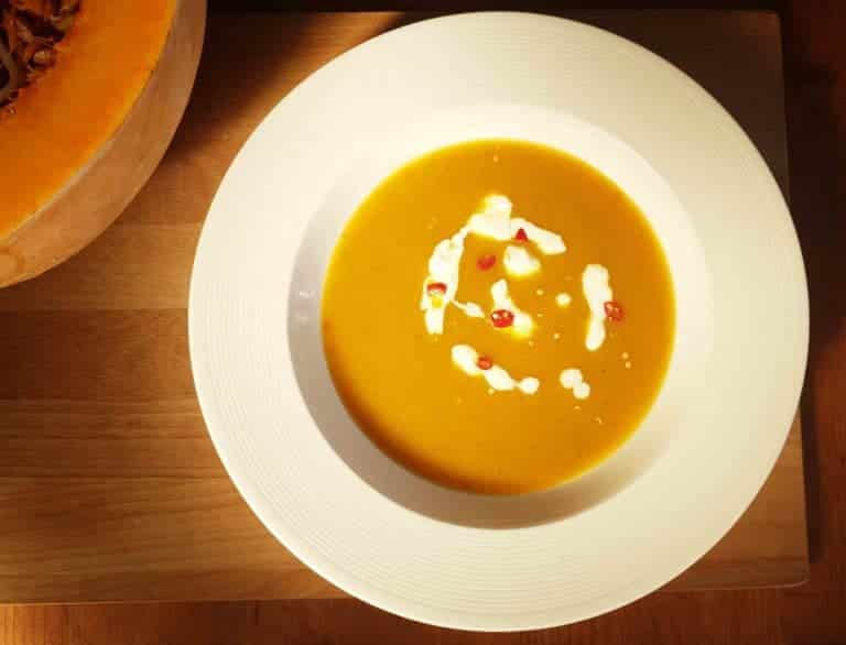 super simple low crab pumpkin soup