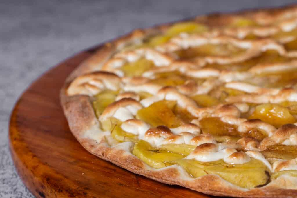 Banana Curry Pizza - Weird Pizzas